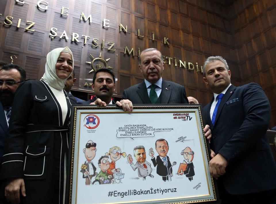 SSD Genel Başkanı Fahri KOL, Cumhurbaşkanı Sn. Recep Tayyip Erdoğan beye Anlamlı bir Tablo Takdim etti.